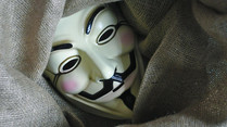 Polizei in Italien verhaftet Anonymous-Hacker