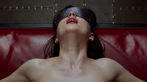 """Fifty Shades of Grey""-Trailer zeigt Szenen aus SM-Film"