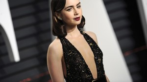 Lily Collins: Vater Phil Collins ist Schuld an Magersucht