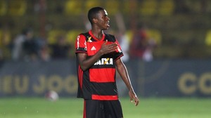 Vinicius Junior: Barca und Real jagen