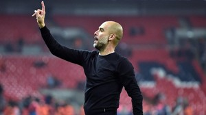 Manchester City und Guardiola nach United-Blamage Meister