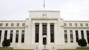 Notenbank Fed will Regulierung fast aller US-Banken lockern