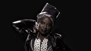 Worldmusic - Angelique Kidjo: Nach Talking Heads nun Celia Cruz