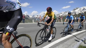 Radsport: Kolumbianer Bernal gewinnt 83. Tour de Suisse