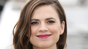 Fortsetzung - Hayley Atwell mit Tom Cruise in