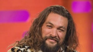 Scary Little Green Men: Jason Momoa wird zu Ozzy Osbourne