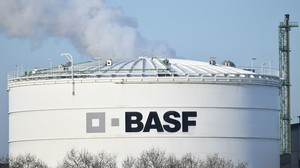 BASF plant Pilotprojekt zu Batterierecycling in Brandenburg