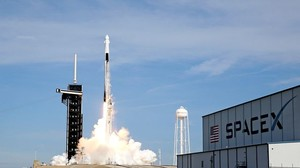 Nach Testflug-Explosion: SpaceX befördert Satelliten ins All